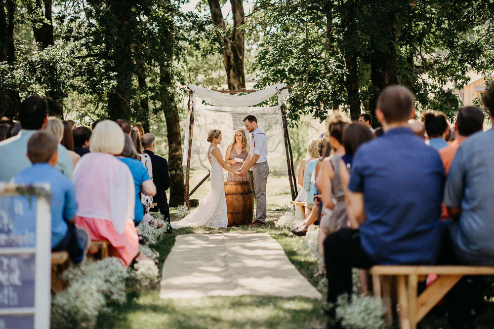 Summerhill-Farms-Portland-Wedding-Photographer-Backyard-Vineyard-38.jpg
