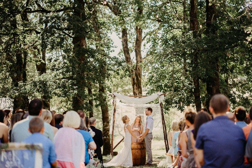 Summerhill-Farms-Portland-Wedding-Photographer-Backyard-Vineyard-39.jpg