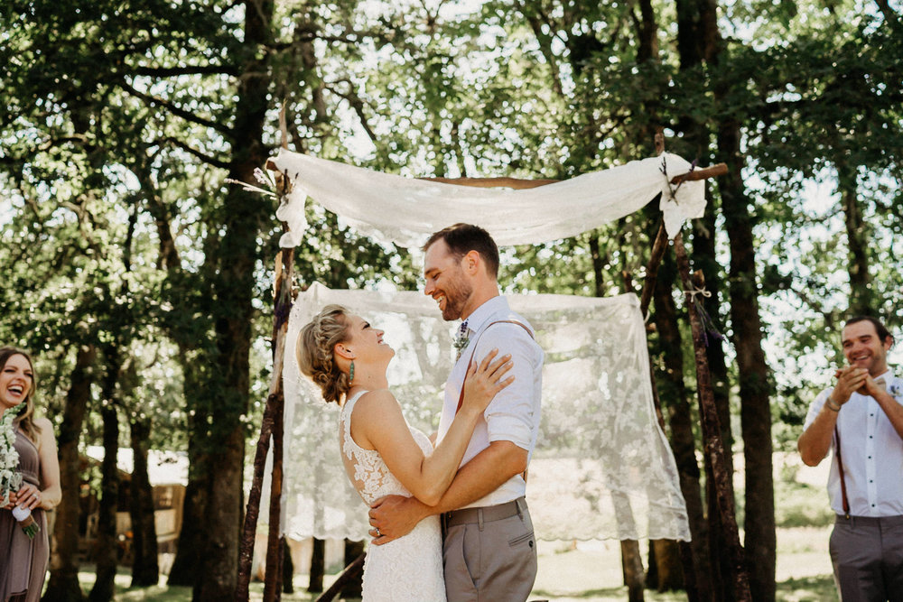 Summerhill-Farms-Portland-Wedding-Photographer-Backyard-Vineyard-46.jpg