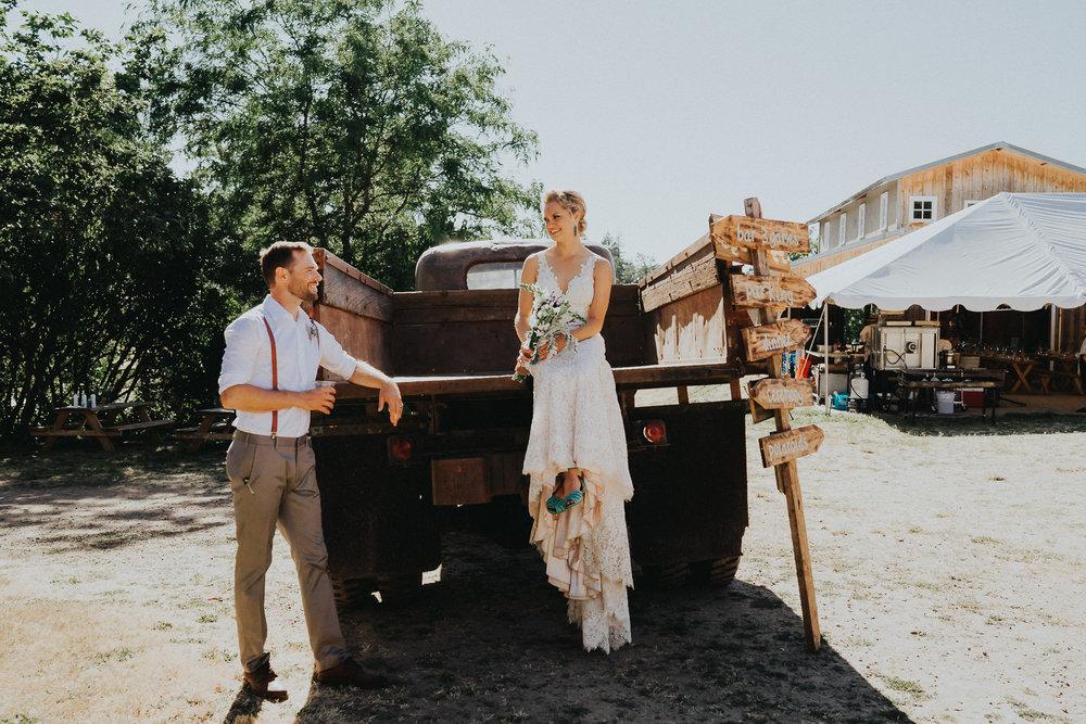 Summerhill-Farms-Portland-Wedding-Photographer-Backyard-Vineyard-55.jpg