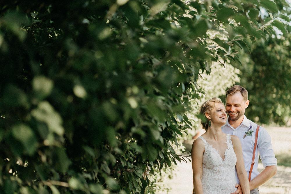 Summerhill-Farms-Portland-Wedding-Photographer-Backyard-Vineyard-59.jpg