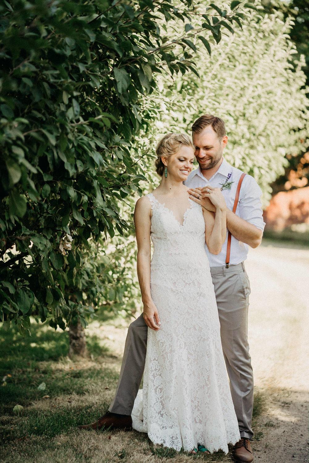 Summerhill-Farms-Portland-Wedding-Photographer-Backyard-Vineyard-60.jpg