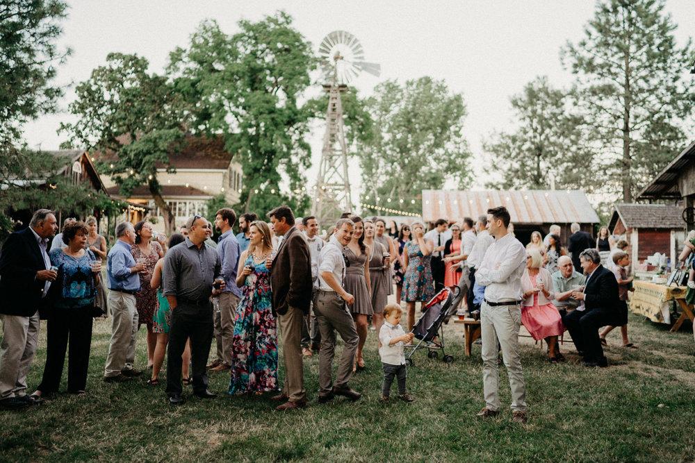 Summerhill-Farms-Portland-Wedding-Photographer-Backyard-Vineyard-96.jpg