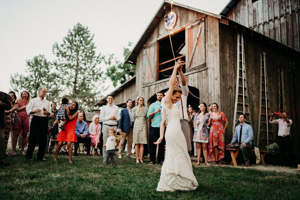 Summerhill-Farms-Portland-Wedding-Photographer-Backyard-Vineyard-104.jpg
