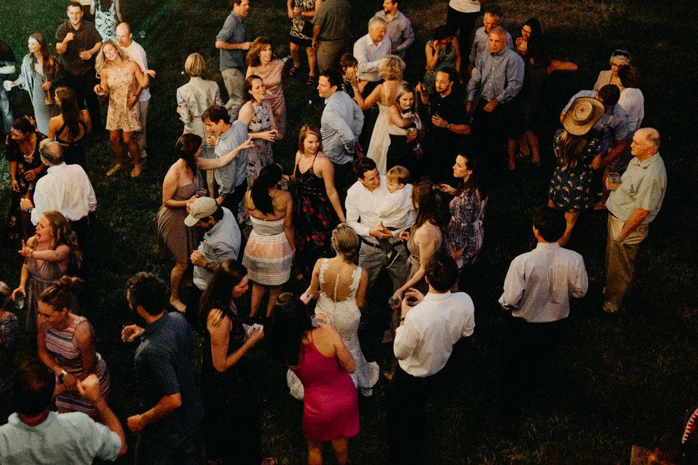 Summerhill-Farms-Portland-Wedding-Photographer-Backyard-Vineyard-112.jpg
