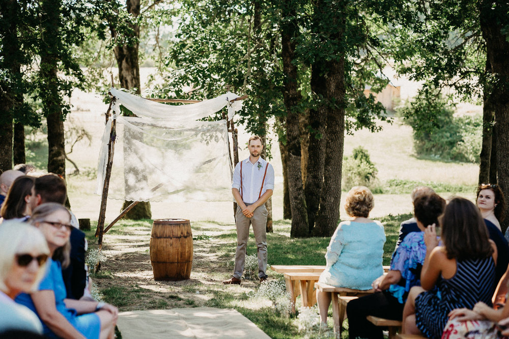 Summerhill-Farms-Portland-Wedding-Photographer-Backyard-Vineyard-29.jpg