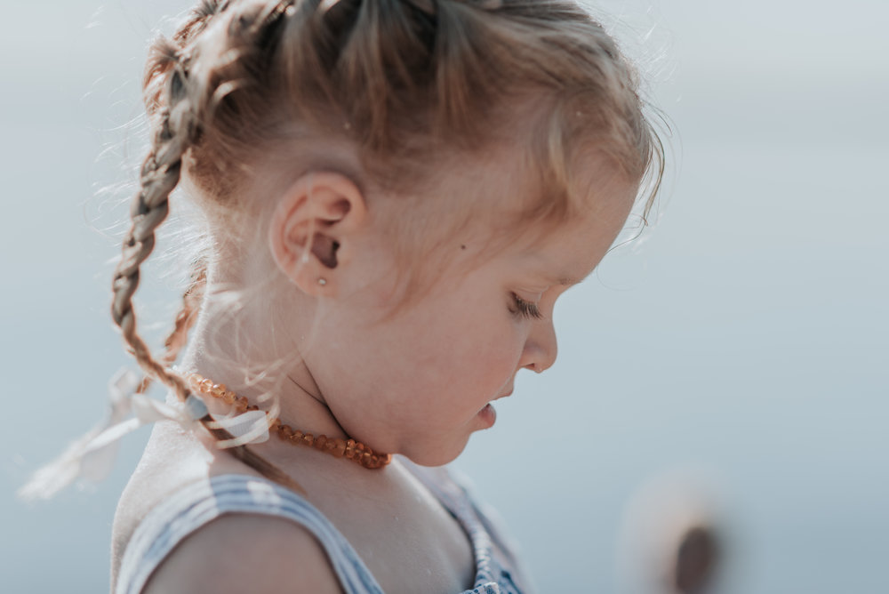 Family beach session Niagara / Hamilton lifestyle Photography 01