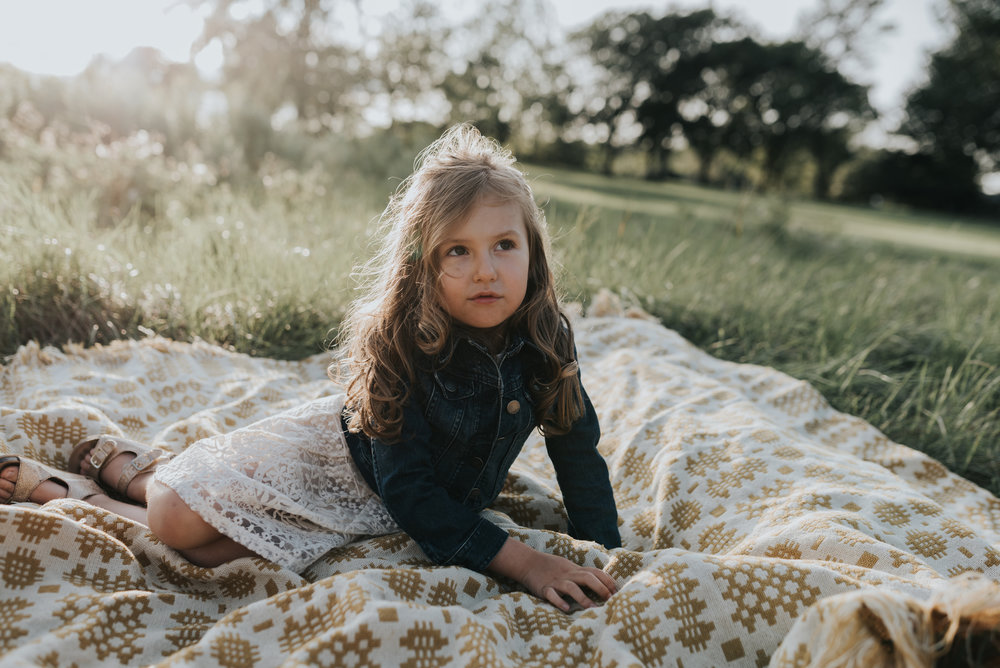 Fall Family photographer, natural light photographers