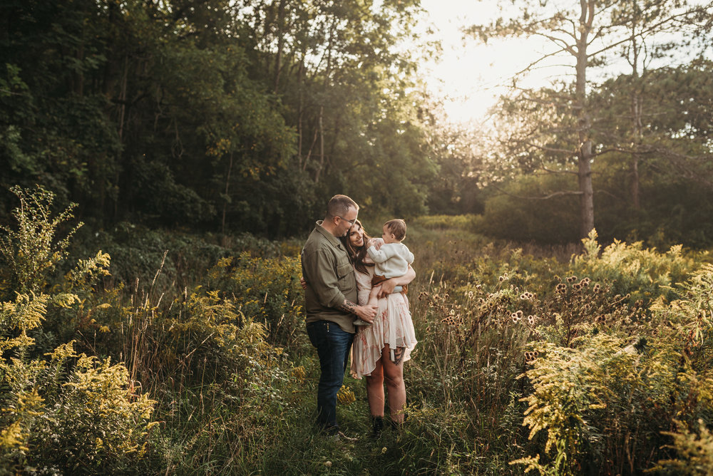 Grimsby-Hamilton-Niagara-Family-Photography-fall-Session-Lifestyle-Photographer-a1.jpg