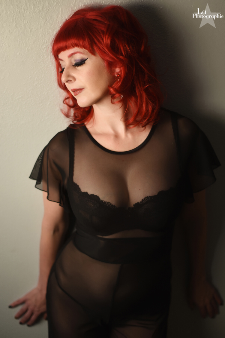 Denver Burlesque Performer Honey Touche 5.jpg