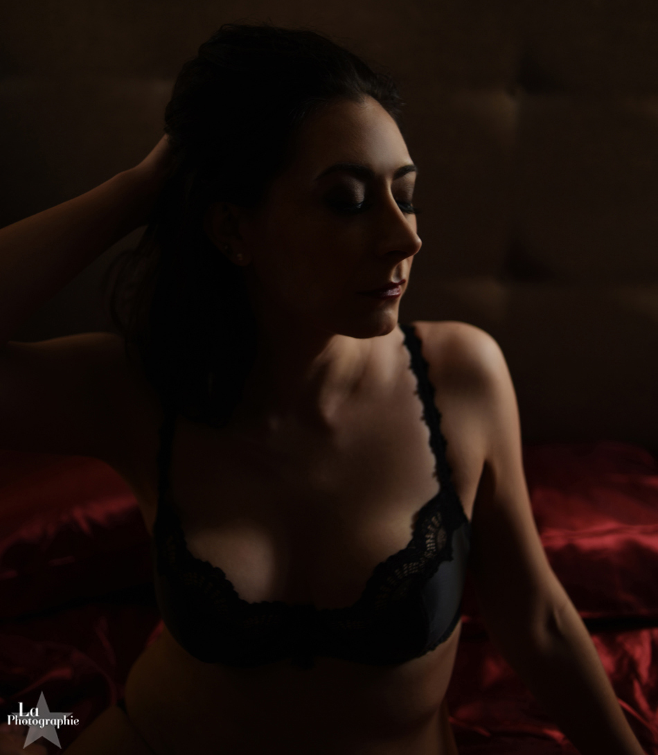 Edgy Nashville Boudoir Photography 01.jpg