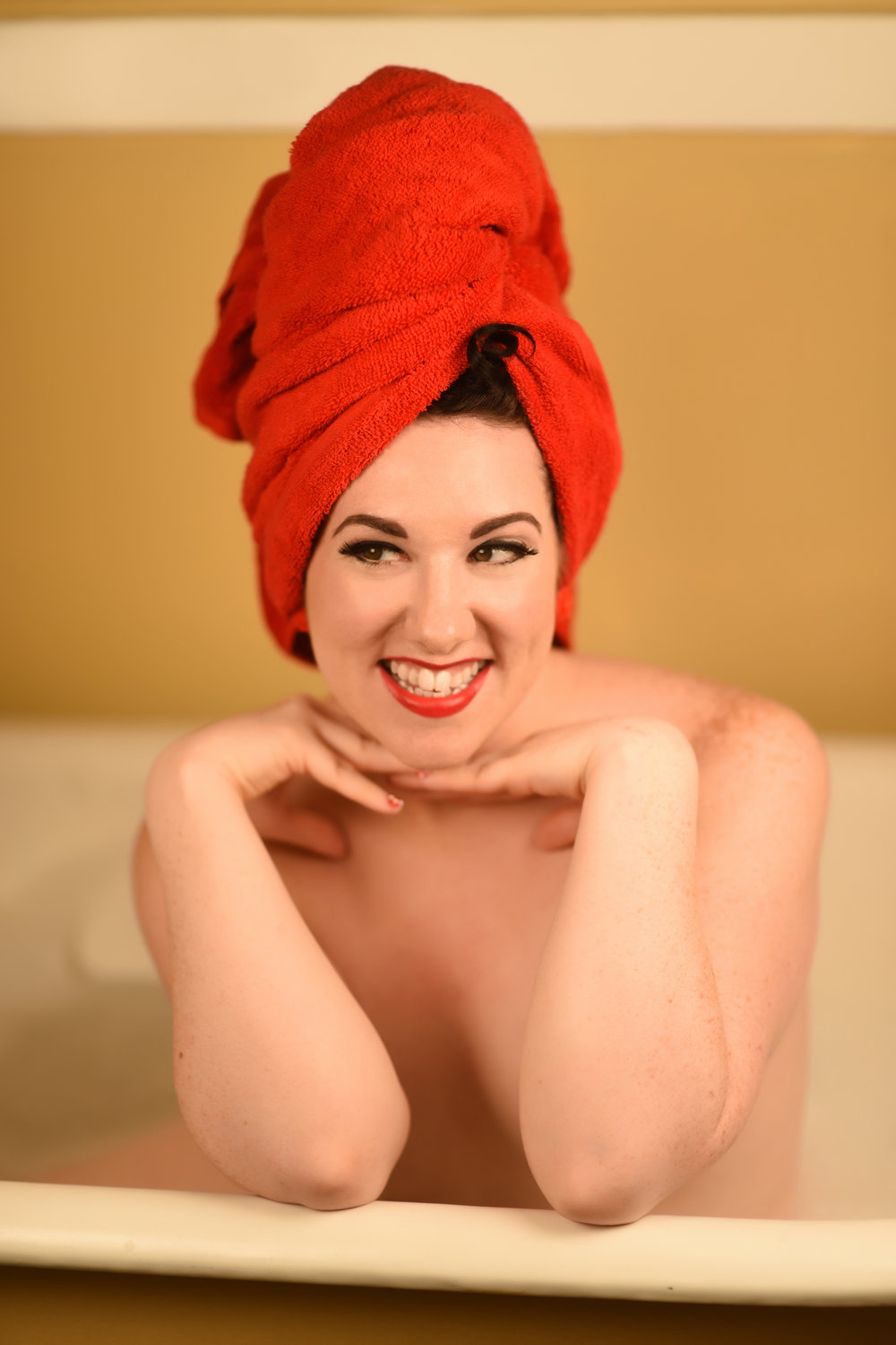 Bathtub Boudoir Photographer in Denver La Photographie 05.jpg