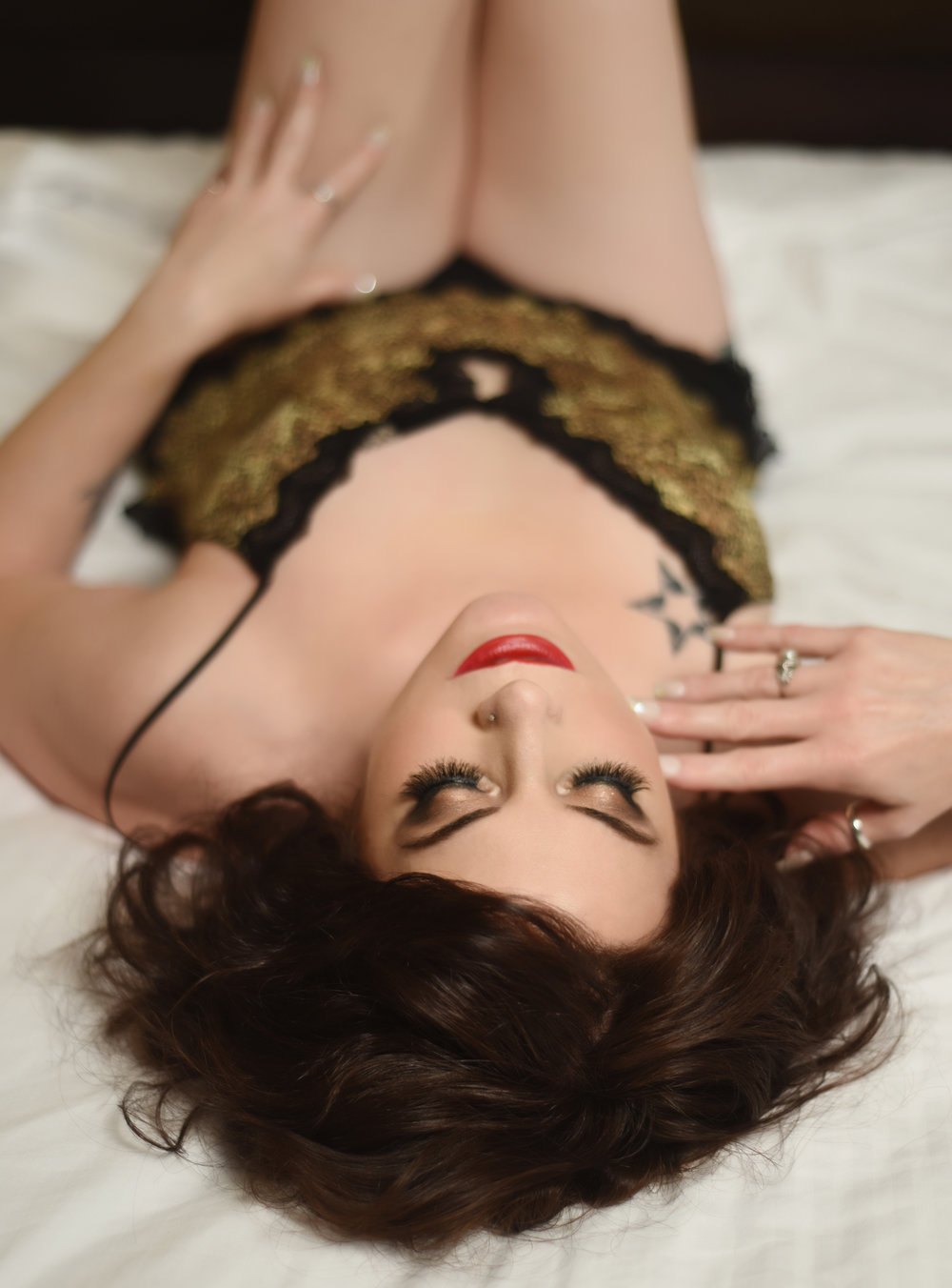 Between the Sheets Boudoir Portraits in Denver by La Photographie 05.jpg