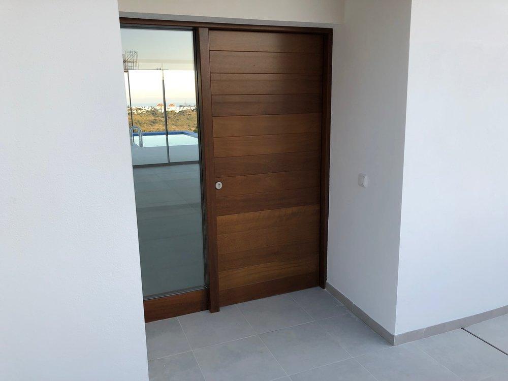 25/01/2018 front door