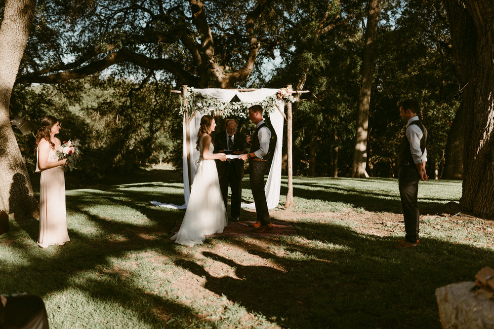 Intimate-Cathedral-Oaks-Wedding-Ceremony-Bride-and-Groom-Kerlyn-Van-Gelder-Photography-Austin-Wedding-Photographer