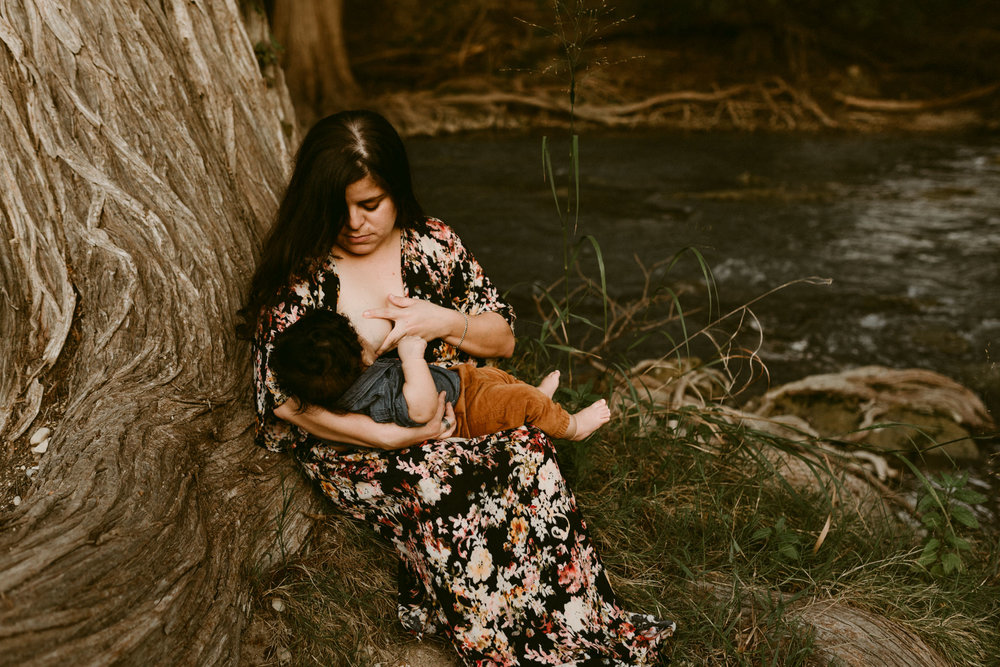 Gorgeous-Sunset-River-Fall-Family-Session-Kerlyn-Van-Gelder-Photography-San-Antonio-Photographer
