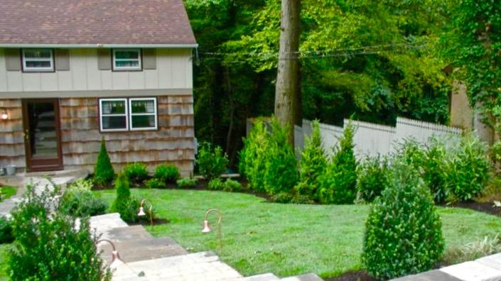 P#1 Garden(16x9)140.jpg