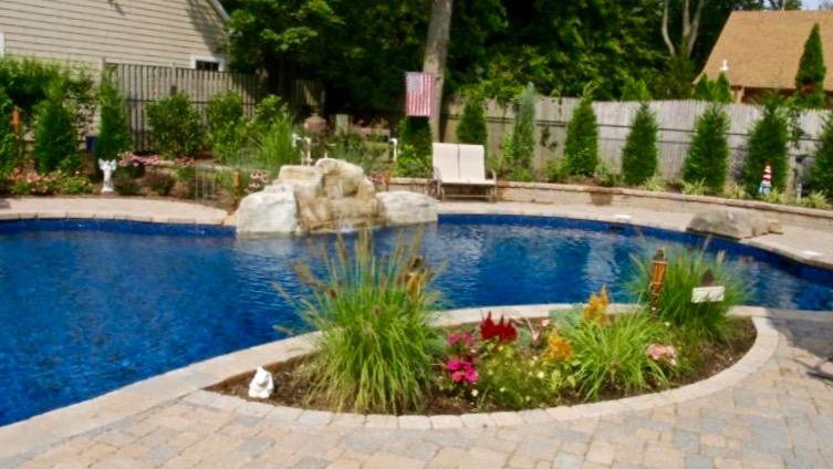 P#4 Pool(16x9)185.jpg