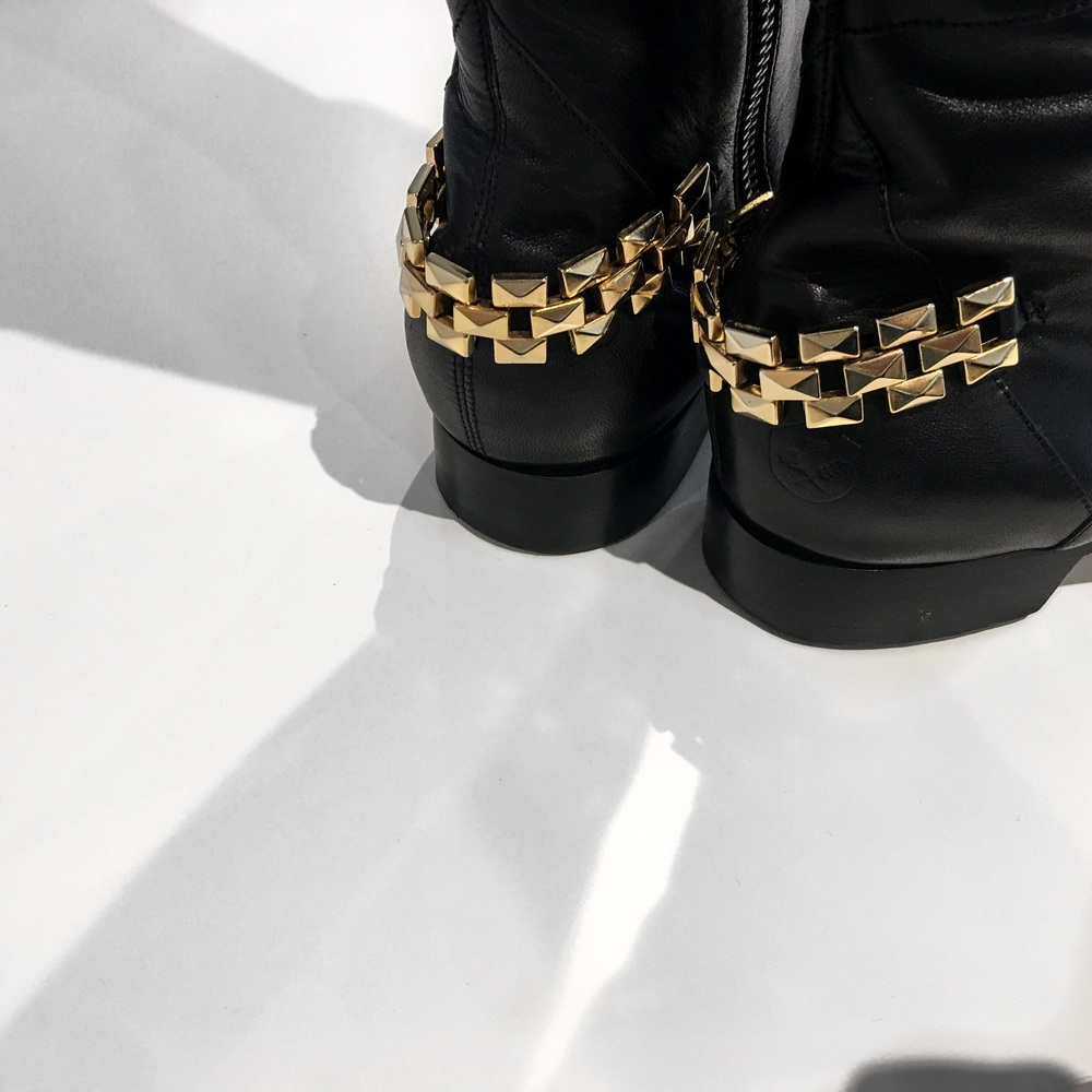 Poppy Barley chain boot