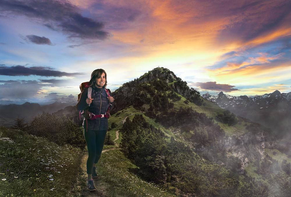 hiking_KIWI.jpg