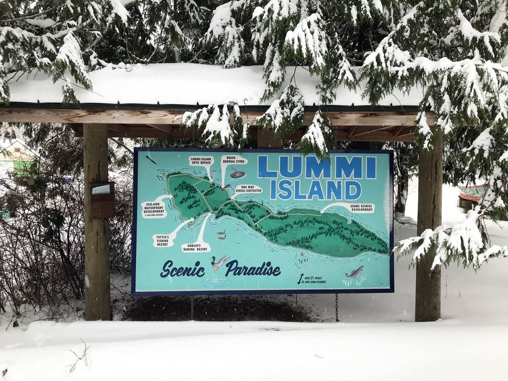 The Scenic Paradise sign