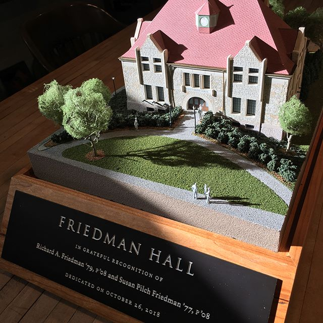 Brown University's Friedman Hall replica was presented to the Friedman family at the dedication which celebrated the renewal of the iconic building. Malcolm Grear Designers collaborated with GPI Models, Inc. to fabricate the building model. #donorrecognition #buildingmodel #brownuniversity #friedmanhall