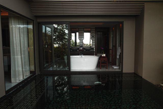 Bath Tub Anantara Phuket.jpg