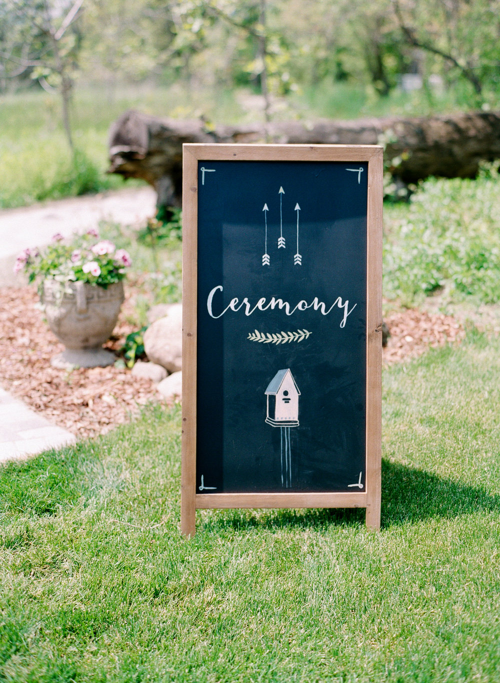 Photographer:  Amanda Nippoldt Photography | Planner: The Simply Elegant Group,  Jamie   Venue: |  The Farm at Dover  | Cake-  Aggie's Cakes in Waukesha  | DJ-  Double Platinum DJ Services  | Catering- All Occasions Catering/ Bubb's BBQ | Videography-   Simply Love Films