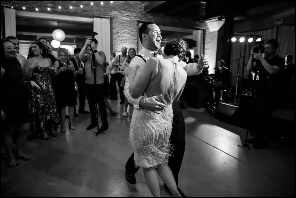 people dancing at Chicago wedding