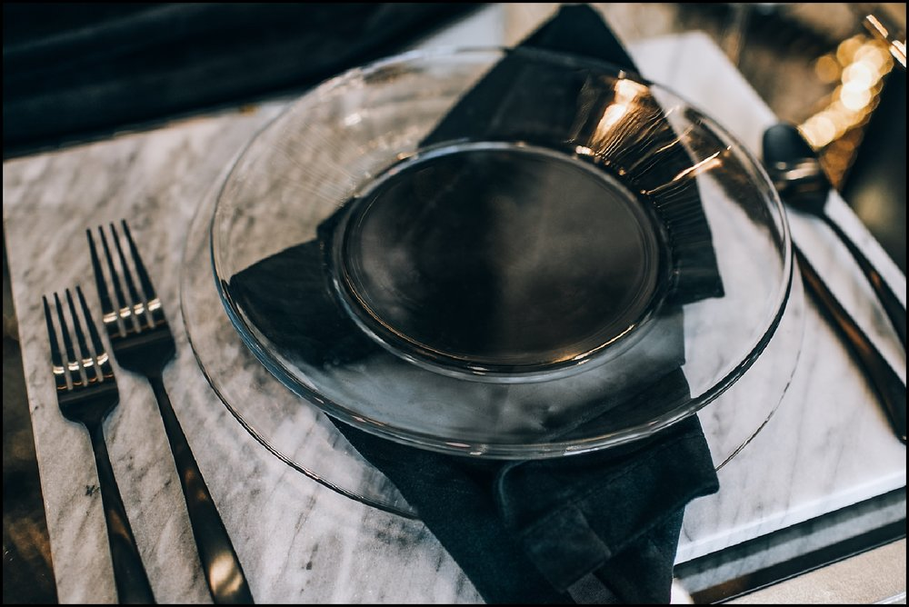 Black  and clear table set