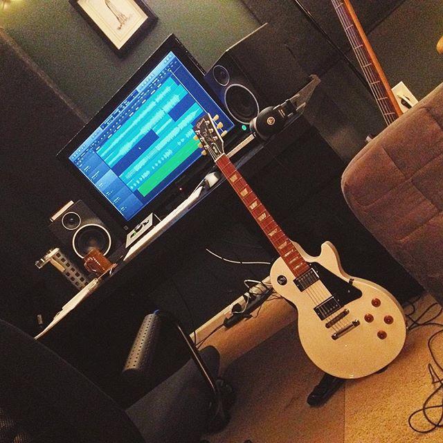 Working on new demo tonight! 🤘😴 #NewMusic #Rock