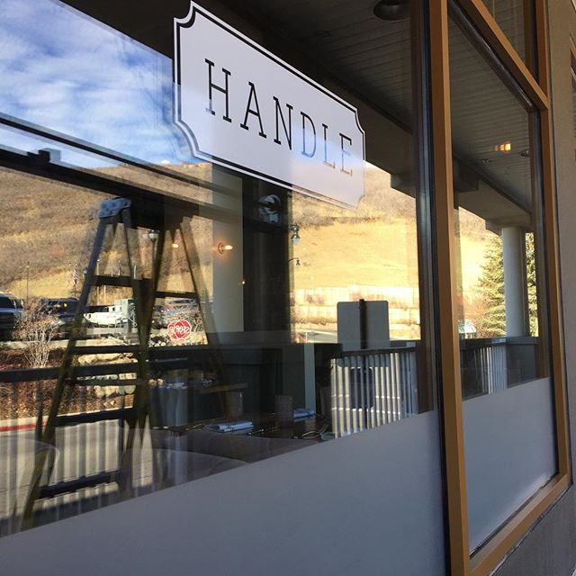 Handle restaurant in Park City need some frosted window film love.  Just a little.  A put some up on the bottoms of these windows for privacy for the customers that replaced some old film. . #simplycoolusa #suntek #utah #parkcity #windowtreatments #windowfilm #windowtint #utahbuilder #utahinteriordesign #utaharchitecture
