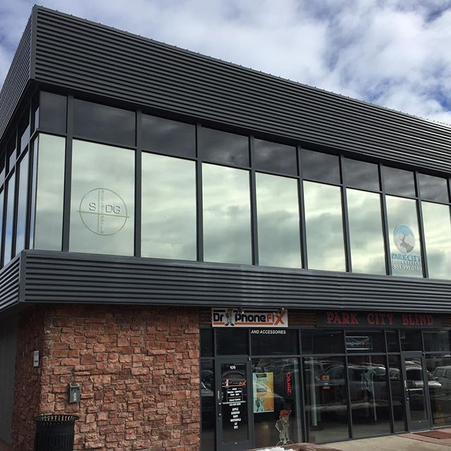 Our friends @sappdevelopmentgroup and Park City Bookkeepers needed help with the heat in their offices.  We tinted their windows with Suntek Dual Reflective window film.  This window tint blocks up to 75% of the heat energy coming in the windows and 99% of the damaging ultra violet rays.  Now they can work comfortably and enjoy their beautiful Park City views! . #simplycoolusa #simplycooldesign #suntek #saltlakecity #parkcity #utah #windowtreatments #windowcoverings #windowtint #windowtinting #windowfilms