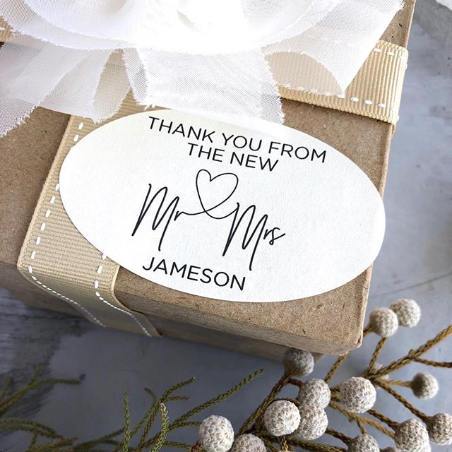 Fun new wedding favour stickers celebrating the new Mr and Mrs!  #weddingthankyou #weddingfavours #weddingfavourideas #mr&mrs #weddingstickers