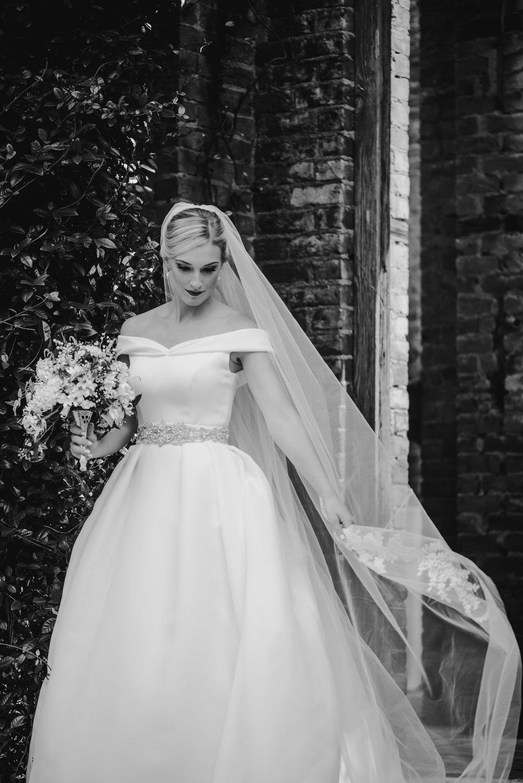 A&E Barnsley Garden Wedding (Prep-Portraits)-140.jpg