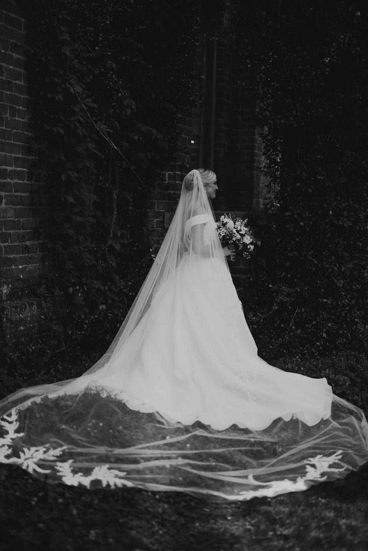 A&E Barnsley Garden Wedding (Prep-Portraits)-144.jpg