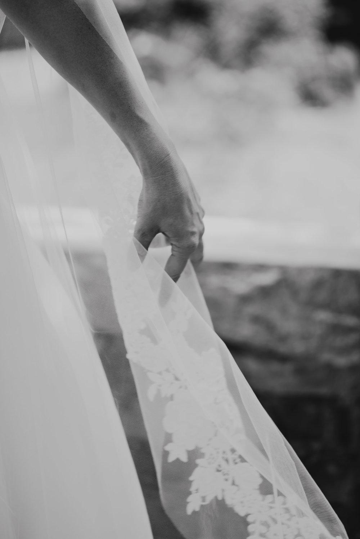 A&E Barnsley Garden Wedding (Prep-Portraits)-158.jpg