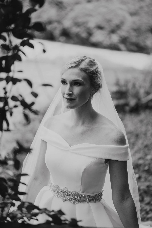 A&E Barnsley Garden Wedding (Prep-Portraits)-154.jpg