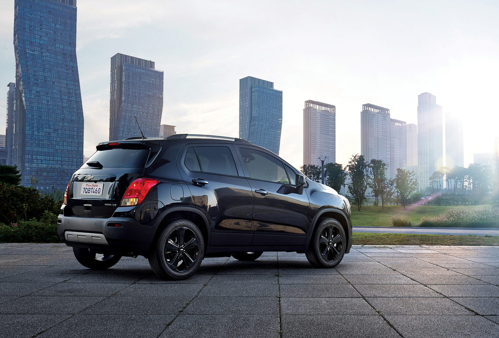 2016-Chevrolet-Trax-MidnightEdition-029.jpg