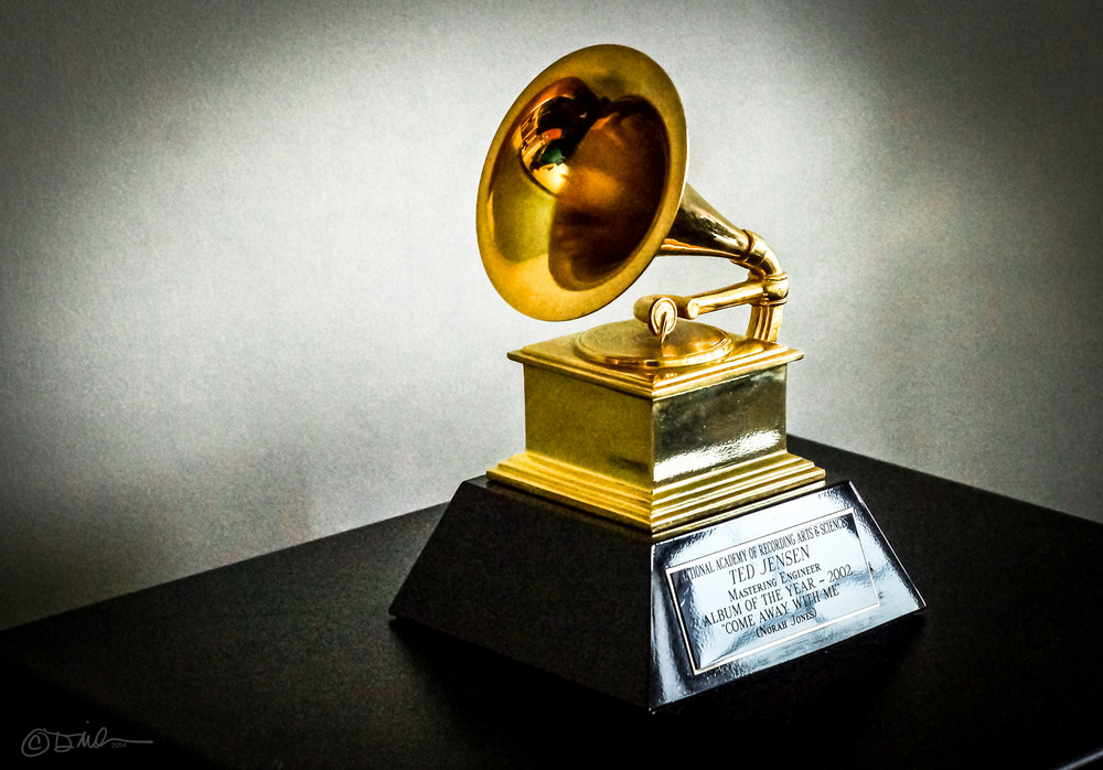 """Ted Jensen's 2002 Grammy"" (CC BY-SA 4.0) by Dmileson"
