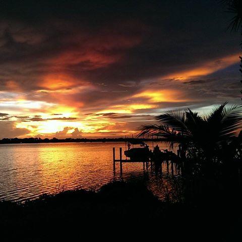 Sunset off Palm City.jpg
