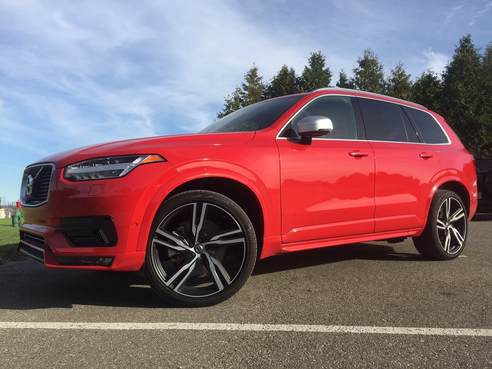 modern motoring 6 takeaways from the 2017 volvo xc90 t8 plug in hybrid t6 r design. Black Bedroom Furniture Sets. Home Design Ideas
