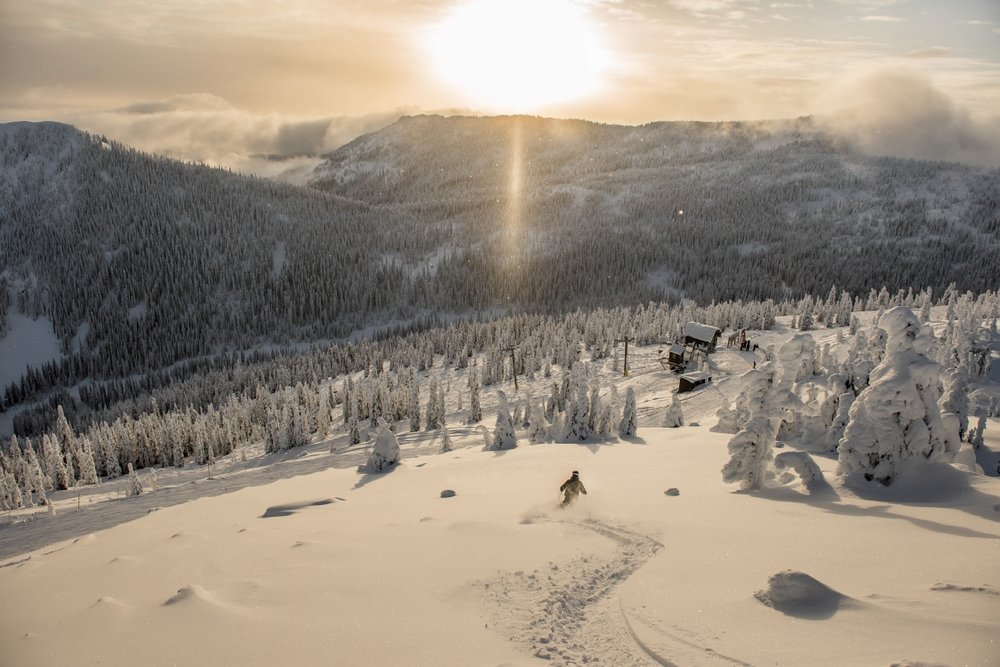 Red Mountain - credit Destination BC-Kari Medig