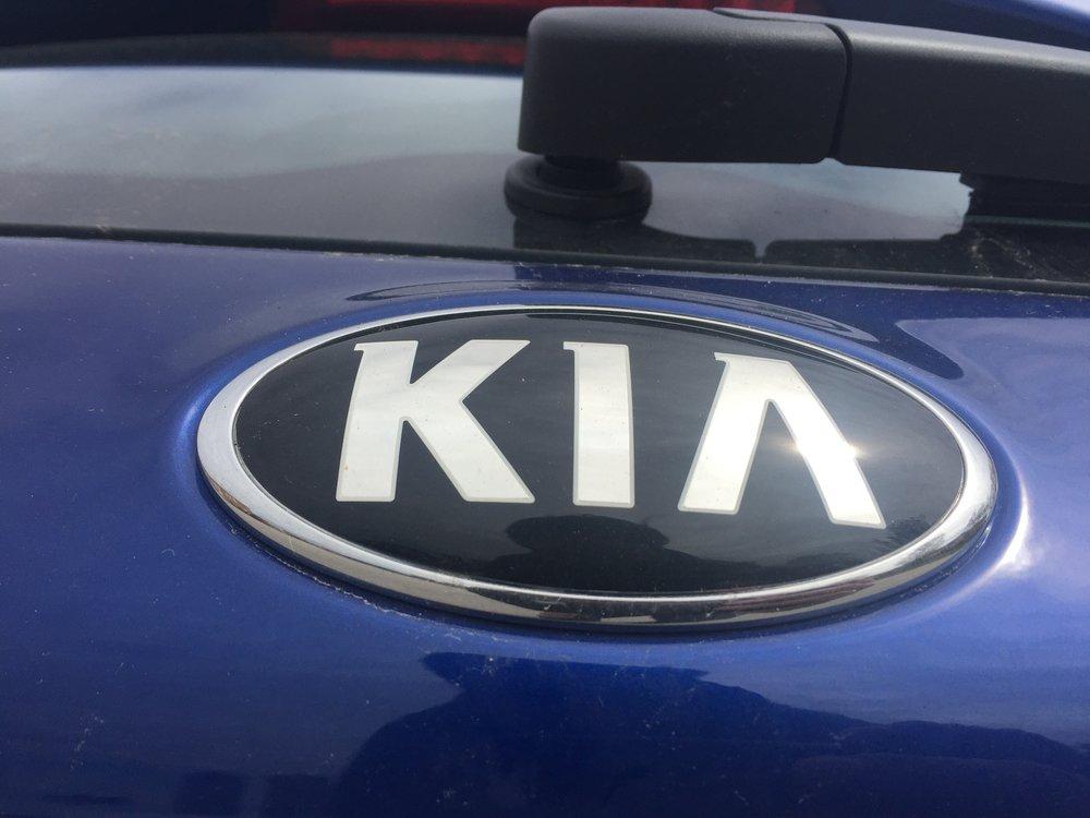 Modern Mississauga 2017 Kia Fote 5 (7).JPG