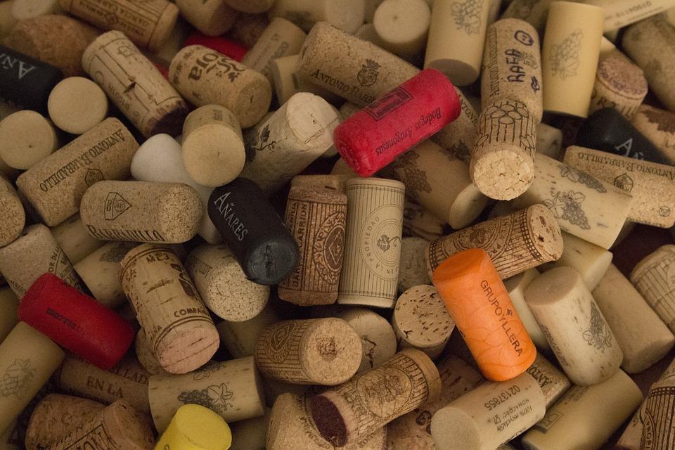 corks-2296160_960_720.jpg