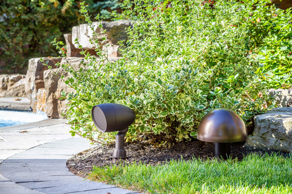 3. Outdoor speakers GO-spekaer-with-GO10-underground-subwoofer copy.jpg