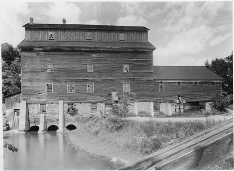 Meadowvale Mill, c1930.jpg