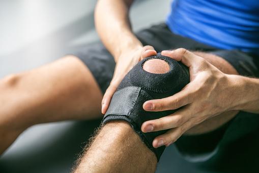 knee-injury-supplies-bandage-medical-mart-mississauga-heartland-medimart.jpg