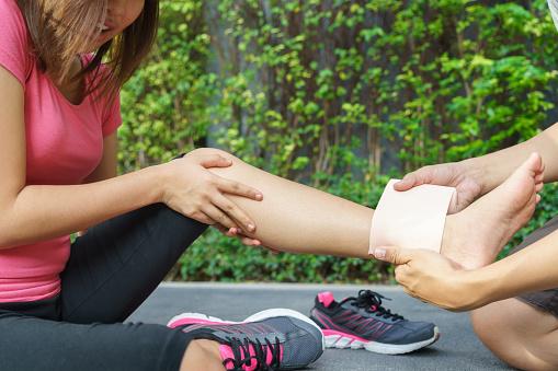 ankle-injury-ligament-sprain-strain-tensor-bandage-wrap-medical-mart-mississauga.jpg