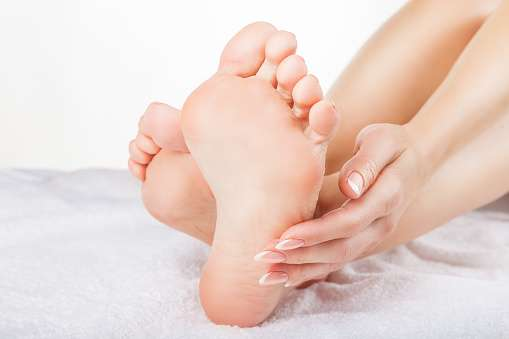 medical-mart-feet-take-care-footcare-heelspure-footpain-pedifix-footlogix-archsupport.jpg